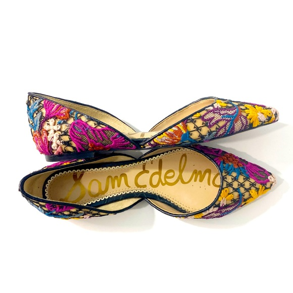Sam Edelman | Embroidered Floral Pointed Flats